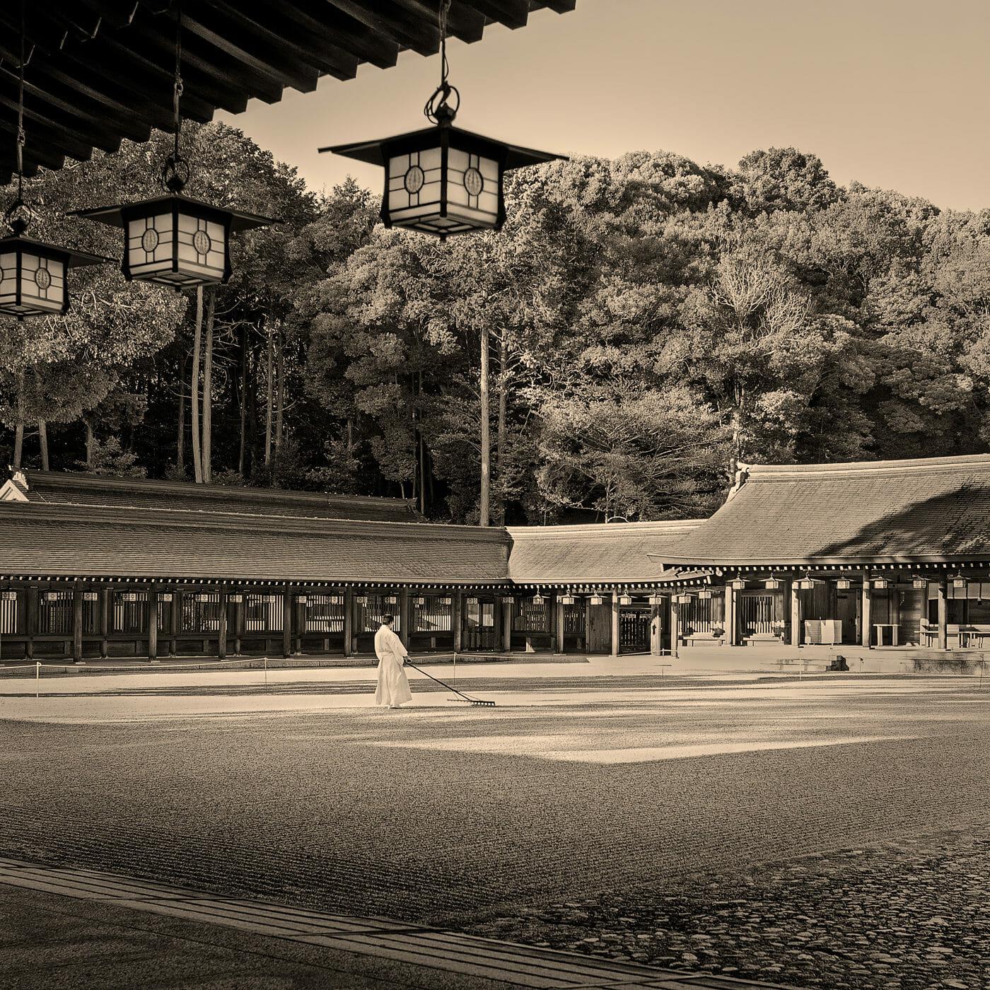 早朝の橿原神宮