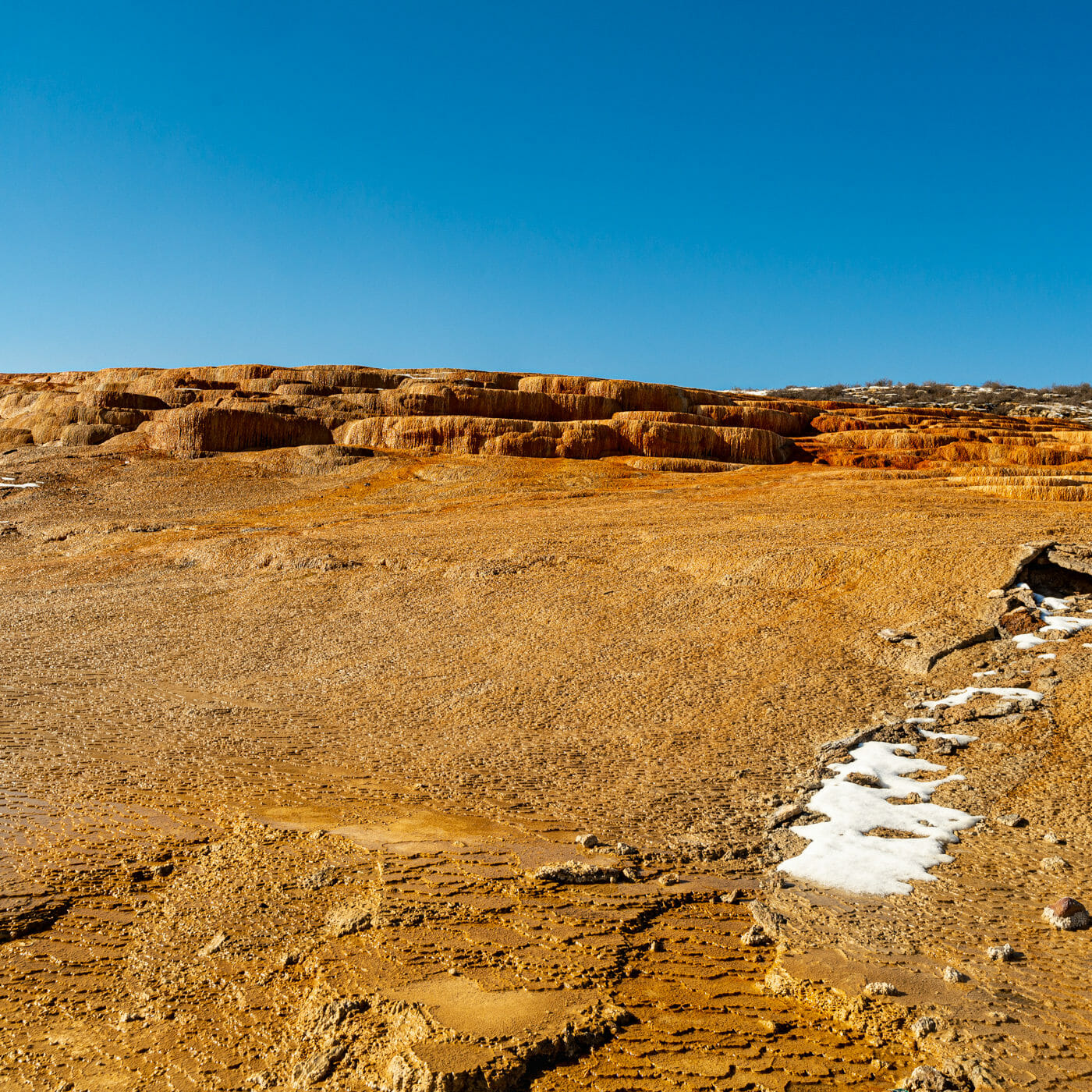 LIMESTONE LAND | 石灰岩の棚田、A rocks made up mainly of calcium carbonate called limestone spread out like shelves.