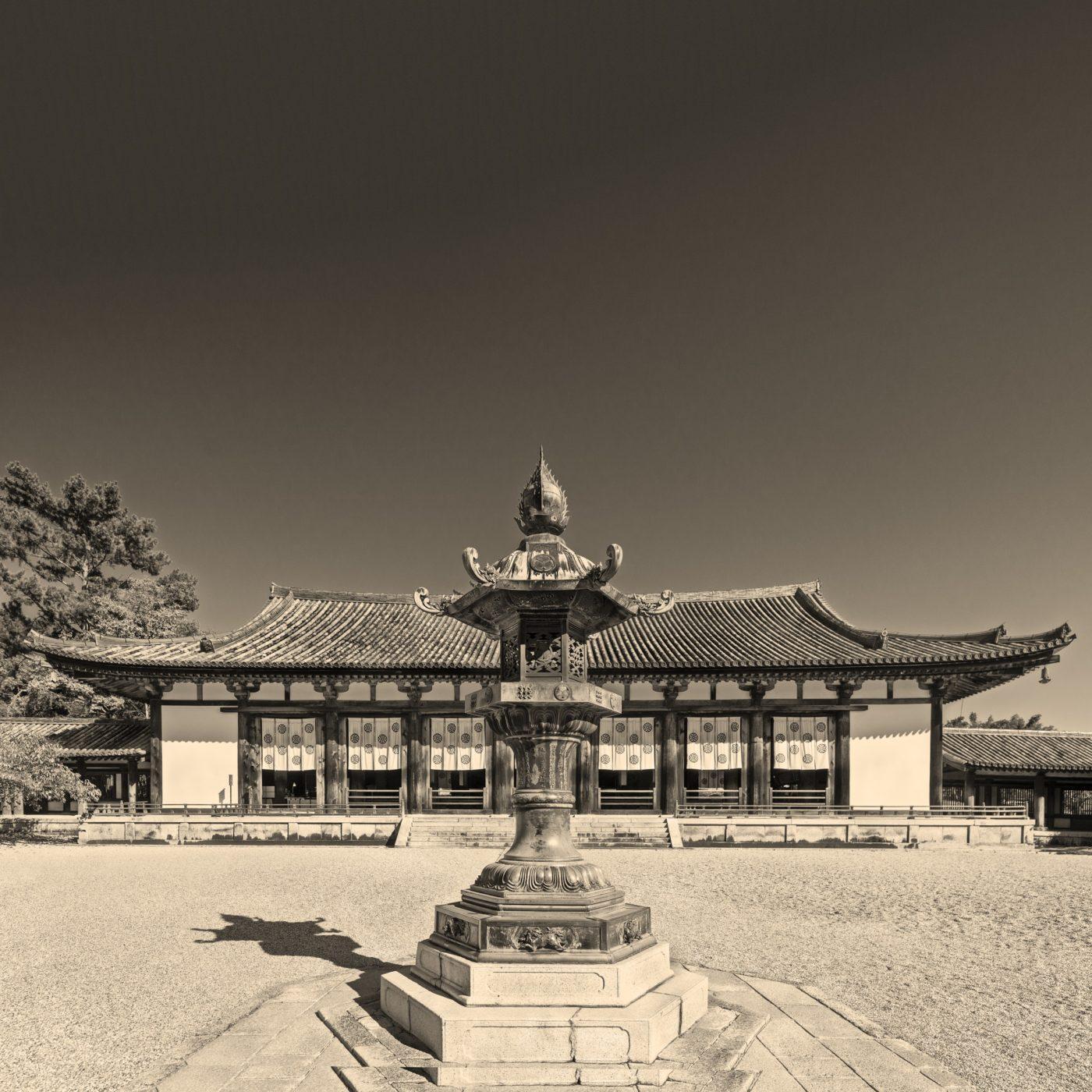 法隆寺大講堂のレトロなアルビューメンプリントのモノクロ写真, Horyuji, albumen print, Daikodo, monochrome, デジタルネガ
