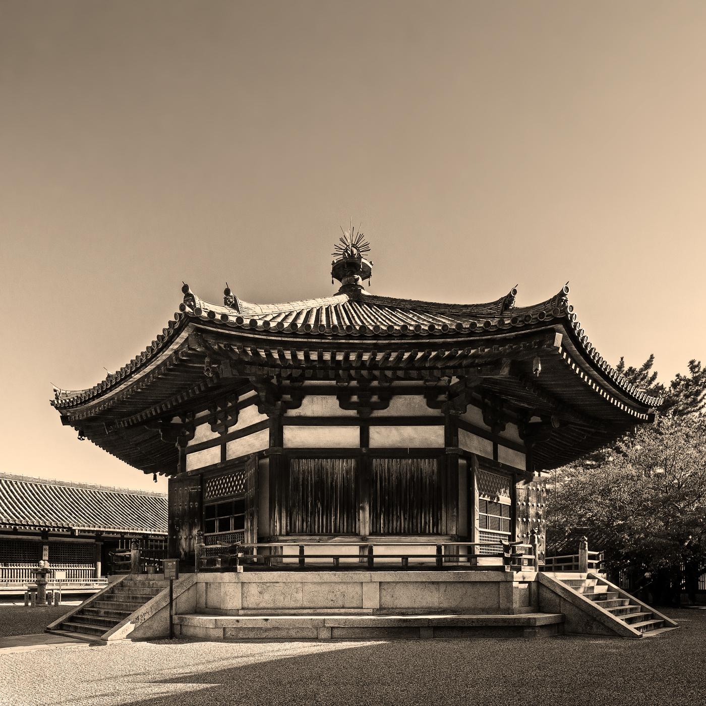古典技法で表現した法隆寺夢殿、アルビューメンプリントのモノクロ写真, Horyuji, albumen print, Yumedono, monochrome, デジタルネガ