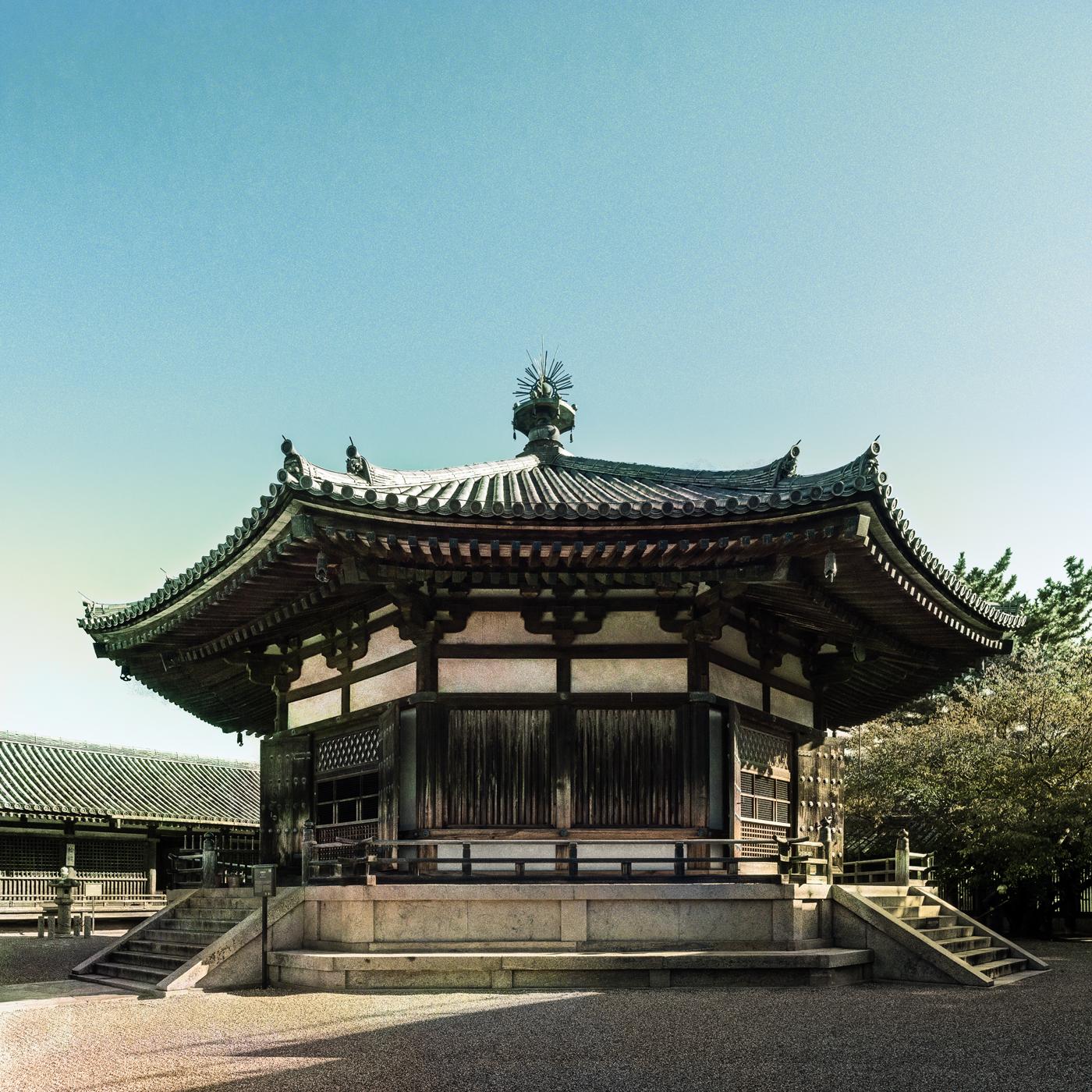 レトロに表現した法隆寺夢殿、レトロ写真, Horyuji, retoro, Yumedono, monochrome, デジタルネガ