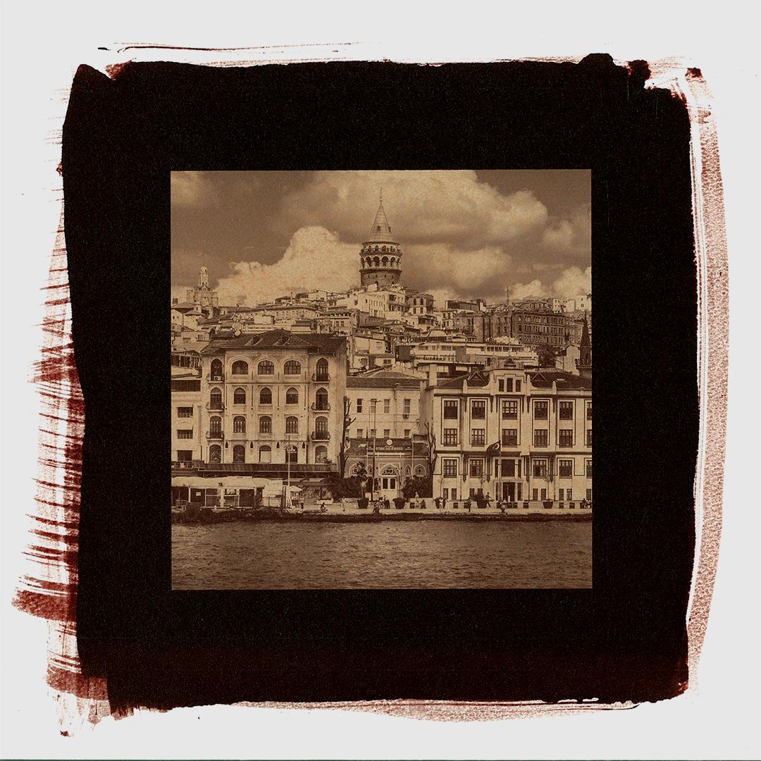 モノクロームのアルビューメンプリント、古典技法でプリントした写真、トルコのイスタンブール、セピア写真
